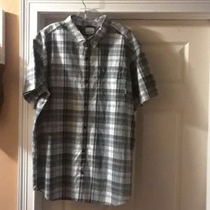 Columbia Multicolor Short Sleeve Button Down Shirt